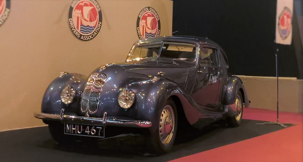 Bristol 400 on display at the BODA stand at Retromobile 2016